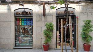 Tienda Sniker en la calle del Paseo