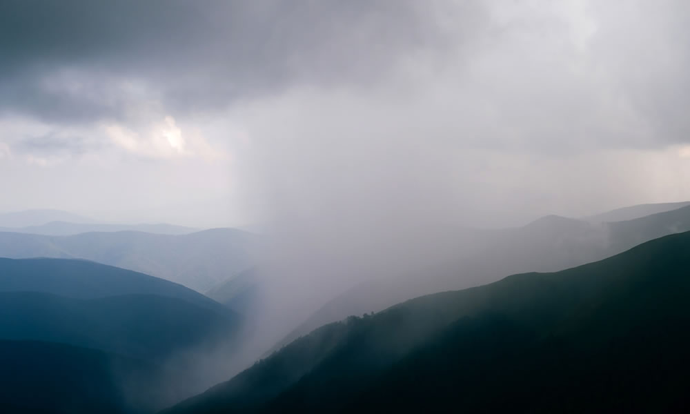 Lluvia y nubes