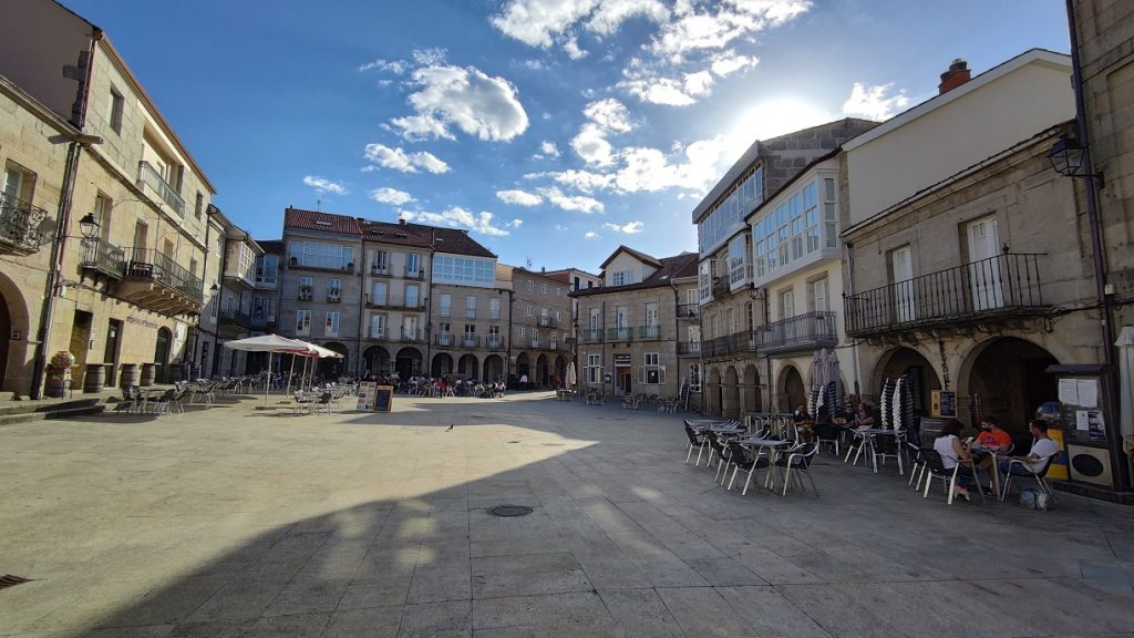 Plaza Mayor de Ribadavia