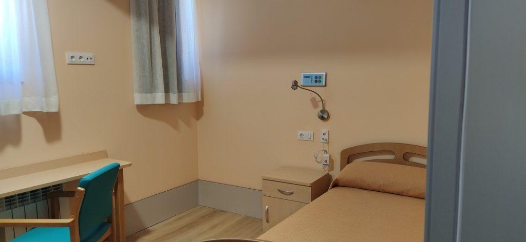 Un dormitorio de la residencia