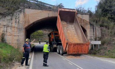 Accidente de camión con volquete