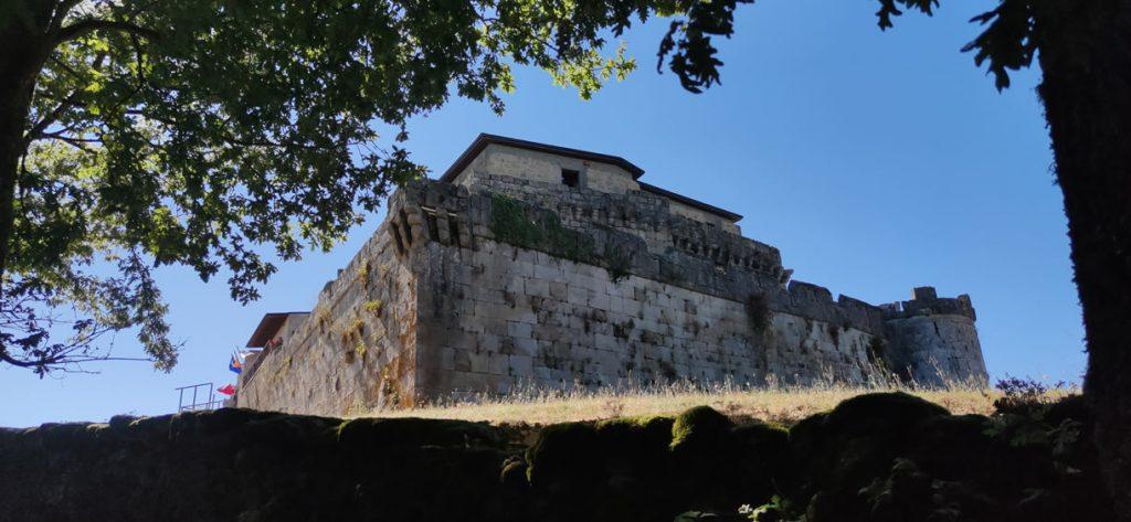 Bonita imagen del Castillo de Maceda