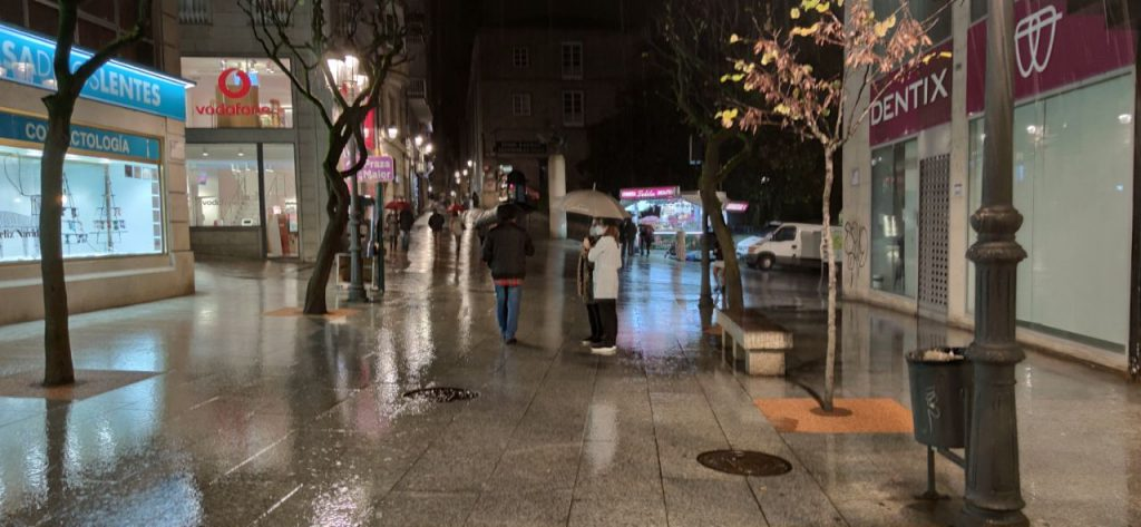Calle Paseo de noche