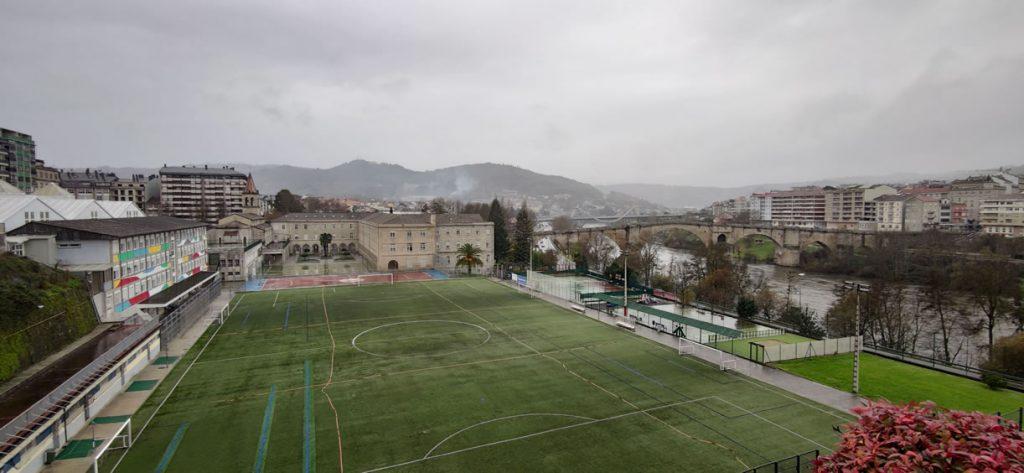 Colegio Salesianos de Ourense y Puente Romano