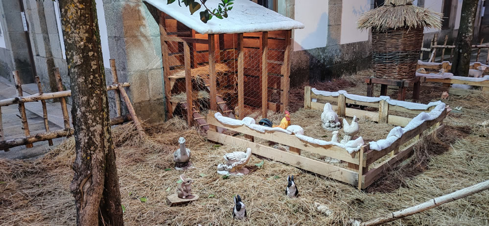 Granja con animales en Allariz