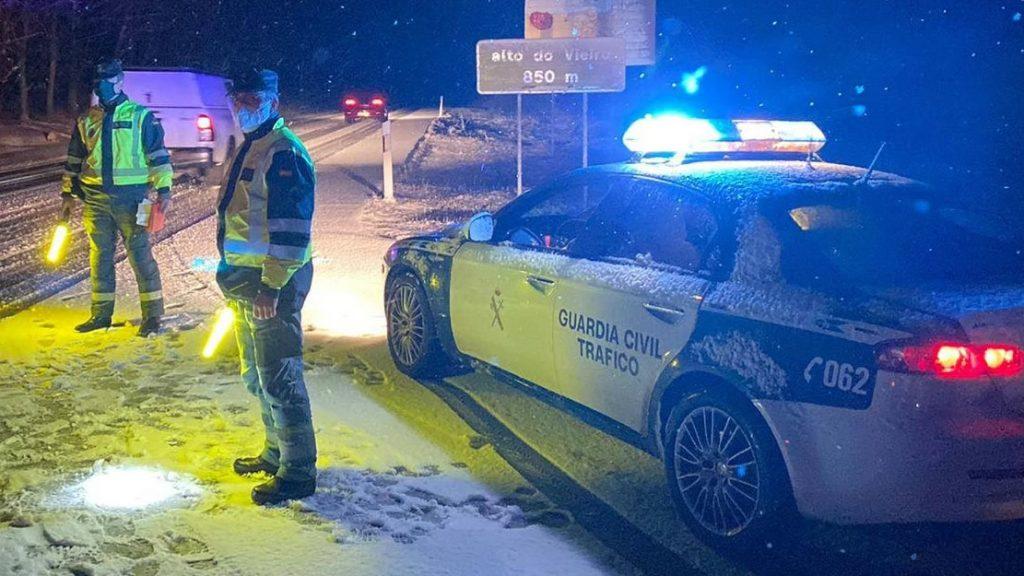 Guardia Civil y nieve