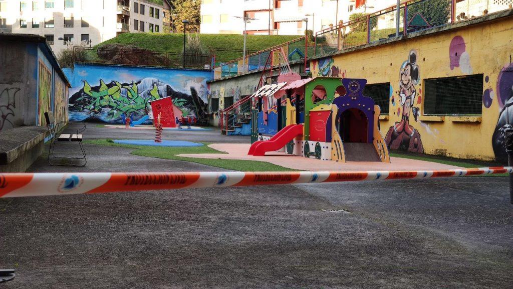 Parque infantil en A Valenzá