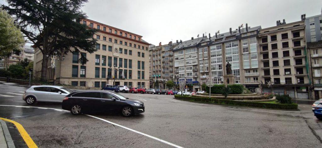 Plaza Concepción Arenal y Palacio de Justicia