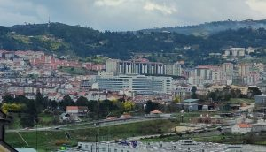 Chuo de Ourense y Barrocás desde Barbadás