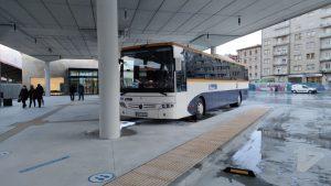 Autobús de Monbus en la estación de Ourense