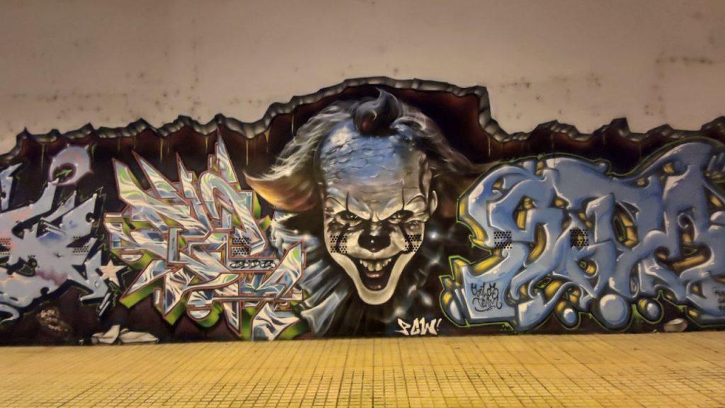 Graffiti de Pennywise el payaso bailarín