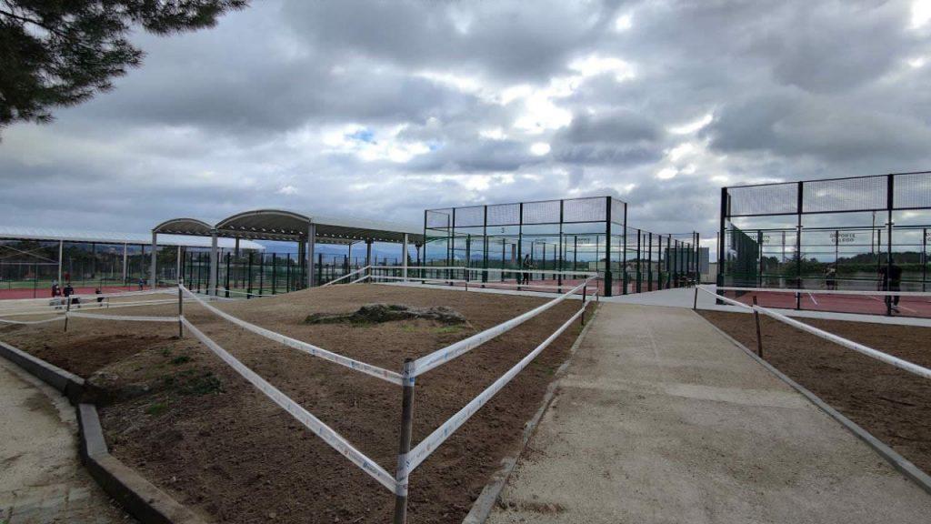 Pistas de tenis y padel en Monterrei