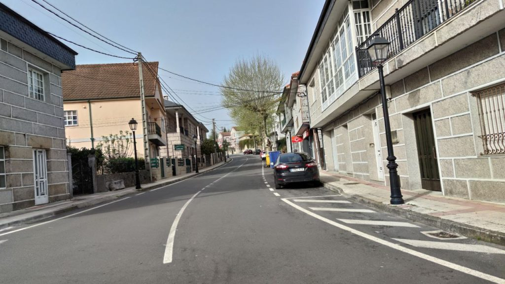 Calle principal de Lobios