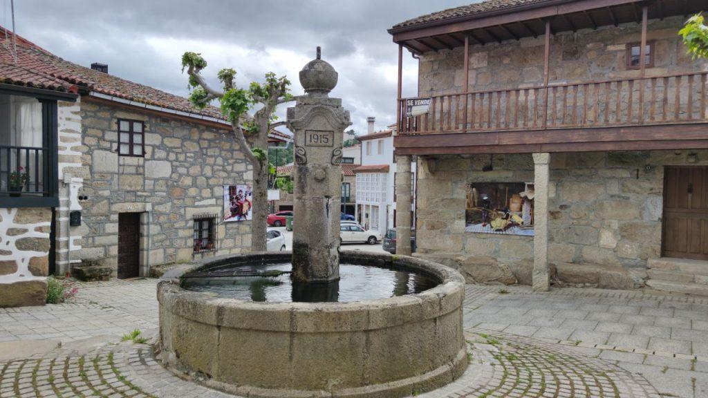 Fuente en Vilanova Dos Infantes