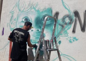 Pintor en pared