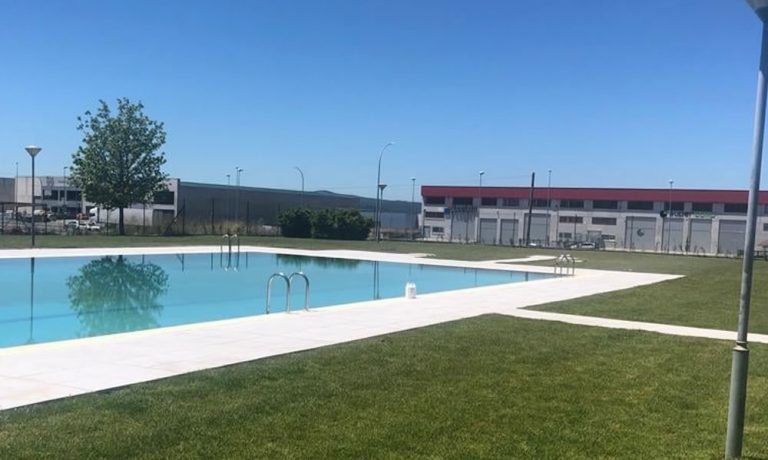 Piscinas del Parque Tecnológico de Ourense Tecnópole