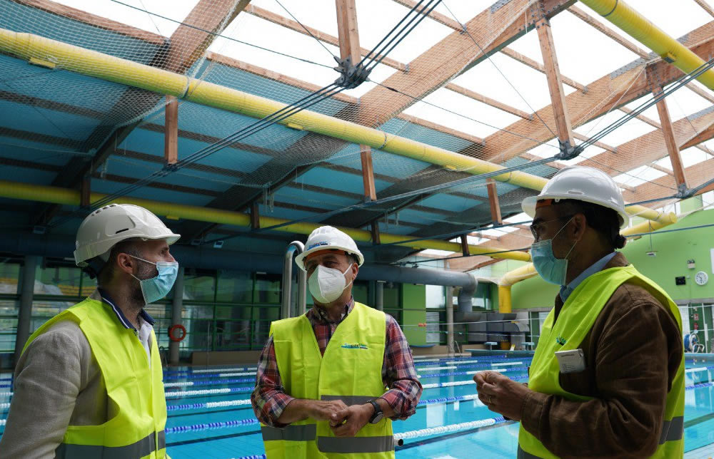 Obras tejado piscinas de Ourense