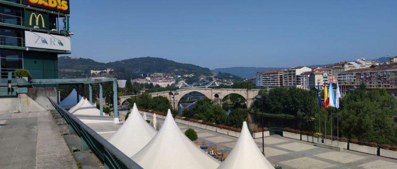 Terraza del Centro Comercial Ponte Vella